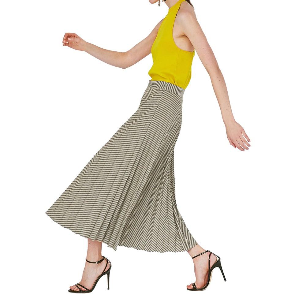 ZARA プリーツスカート